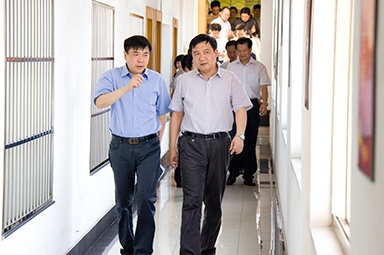 On July 5, 2012, Li Weining, then Secretary of the Jiaxing Municipal Party Committee, and his party investigated the company's party building work